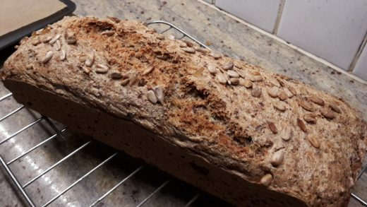 Dinkelbrot in Kastenform